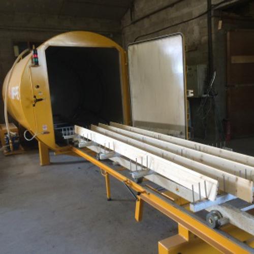 Le traitement des bois par autoclave vide aspersion